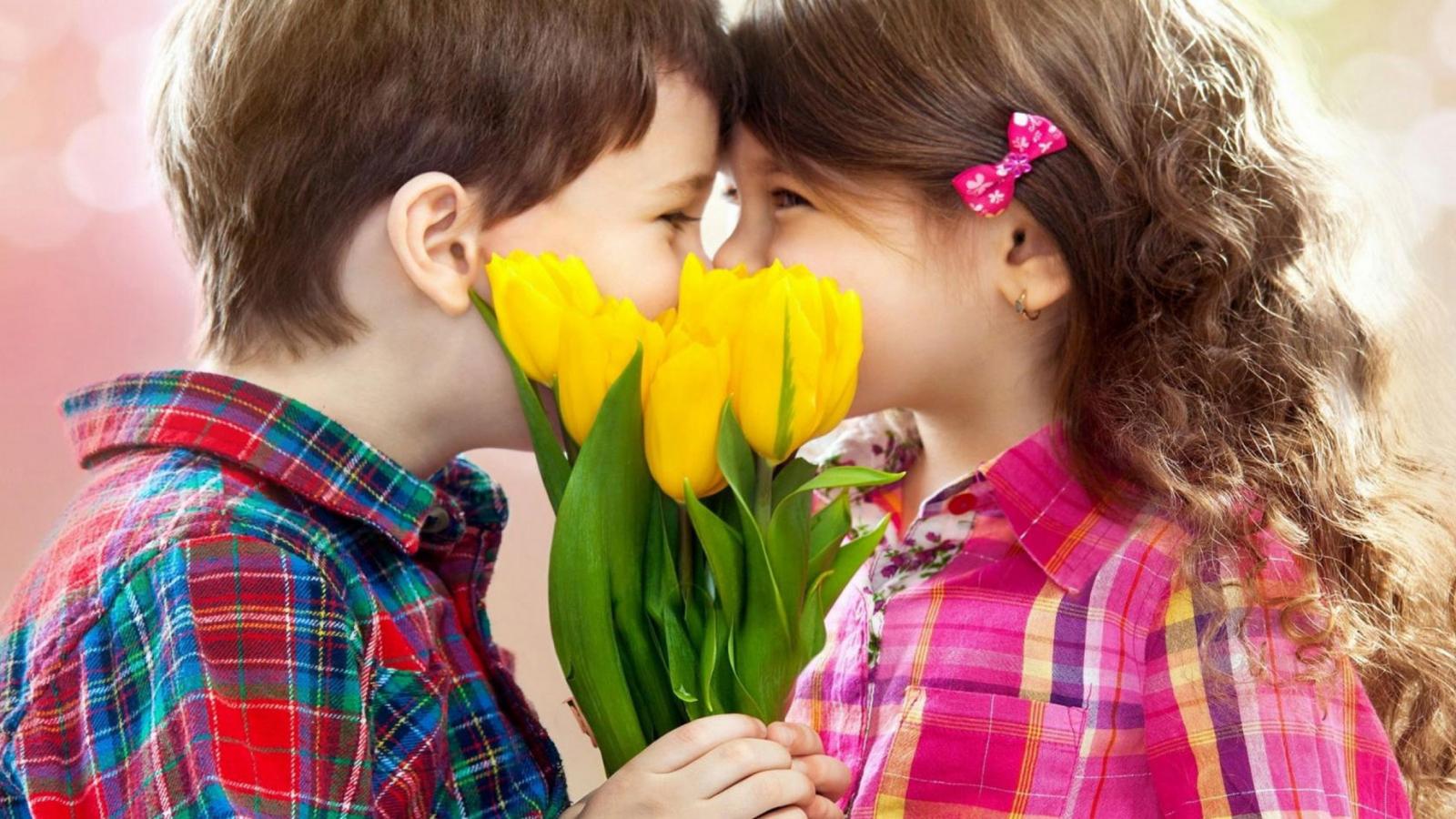 kissing-kids